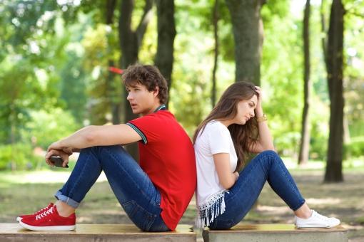 仮面浪人で休学するデメリット「残留した場合の人間関係が休学した場合よりも劣悪」