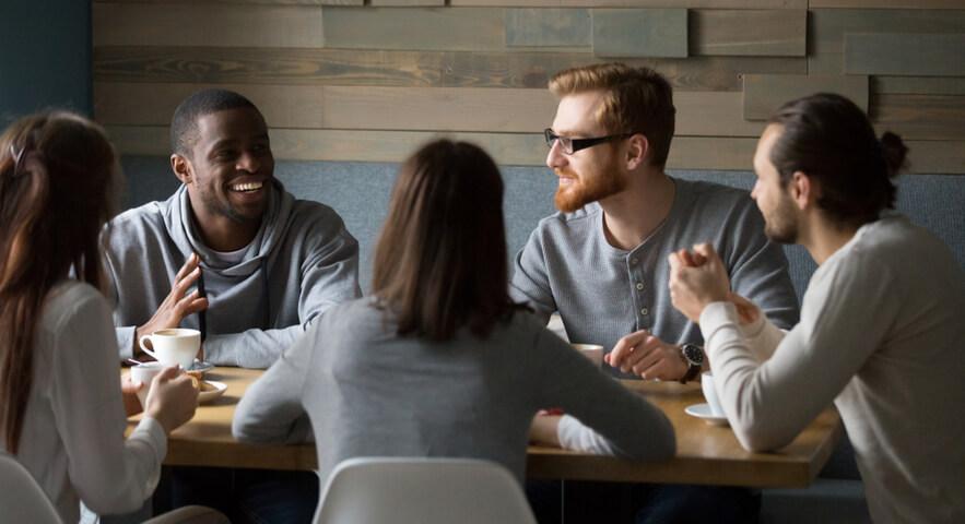 浪人して就職する際の強み「高校の同期から就職の話を聞ける」