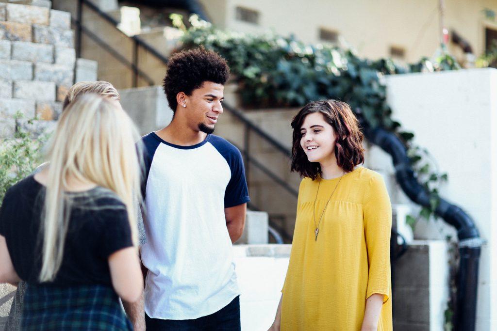 大学受験の不安の解消法は友達と話す