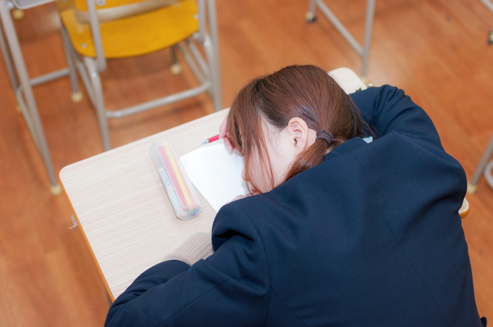 勉強の姿勢が悪いことによる悪影響