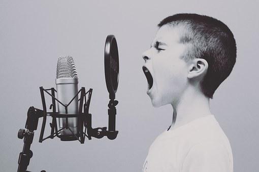 暗記のおすすめ方法「声に出して読む」