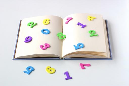 理論化学の勉強法「知識を暗記したら計算問題に取り組む」