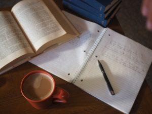 効果的な復習のやり方「あらかじめ復習の事を考えて勉強する」