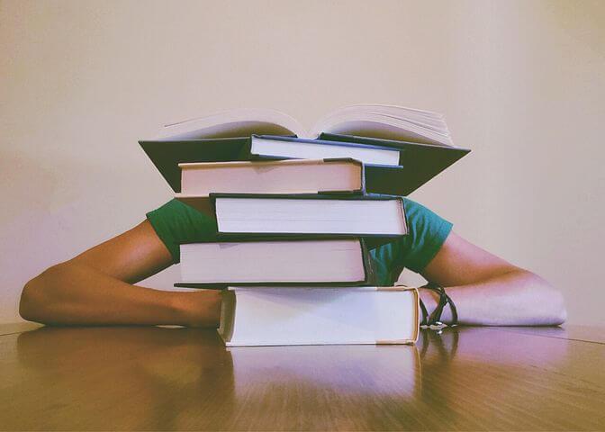 徹夜で勉強することのメリット「1日で圧倒的な勉強量を確保できる」