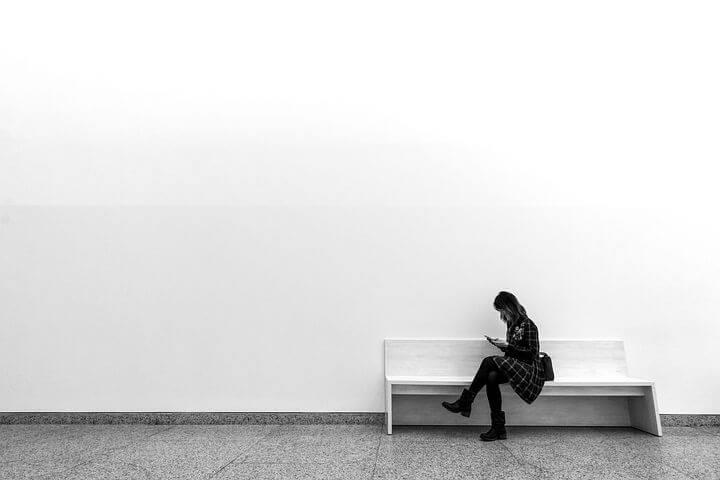 勉強中に起こる片頭痛の原因「生活習慣の悪化」