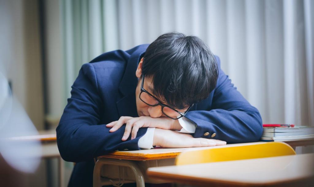 簡単に出来る授業中に寝ない方法